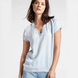 T Shirt with V Neck