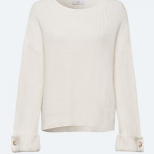 Winter White Pullover with Diamond Detail