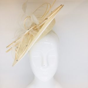 Ivory Feather Detail Fascinator