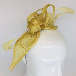 Daffodil Feather & Ribbon Fascinator